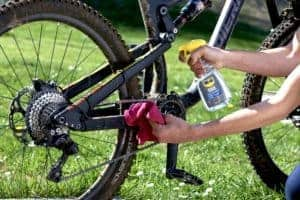 Comment nettoyer son vélo ? By Kenny Belaey